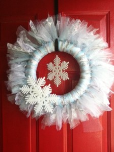 Winter Snowflake Wreath by Debbie Does Creations