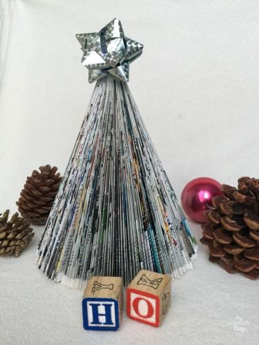 DIY Magazine Christmas Tree