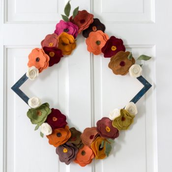 felt-flower-wreath-tutorial