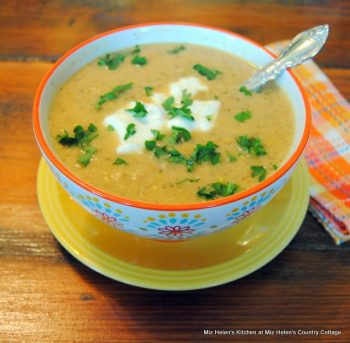 Slow Cooker Cream Of Squash Soup